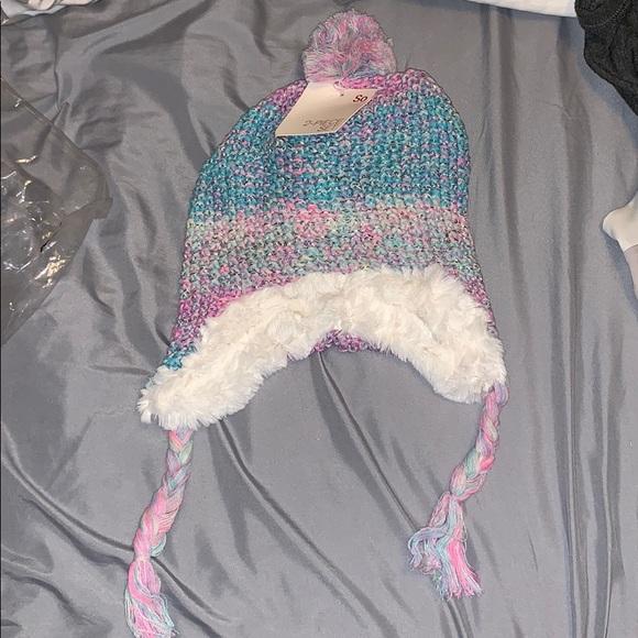 Girls 2 piece hat and glove set, NWT